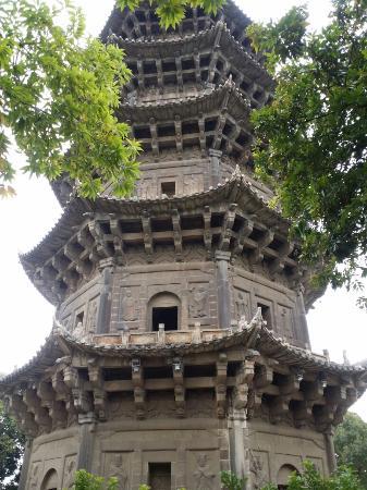 Dongxi Tower: 古建築之美