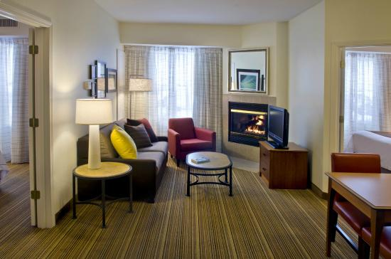 Residence Inn Poughkeepsie: Two-Bedroom Suite