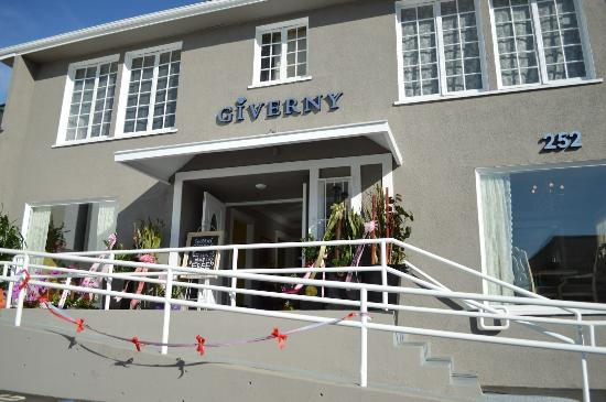 Cafe Giverny