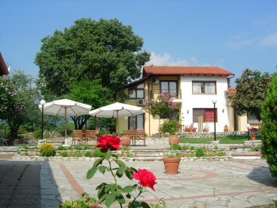 Villa Anthemia