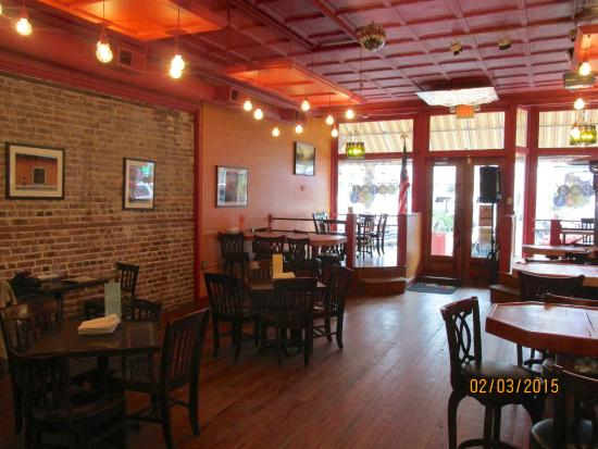 Tamara's Tapas Bar: Interior