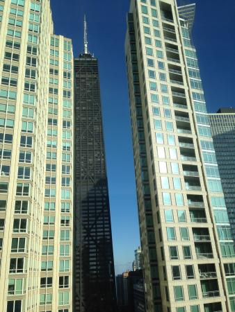 Sofitel Chicago Water Tower: Picture of the Hancock