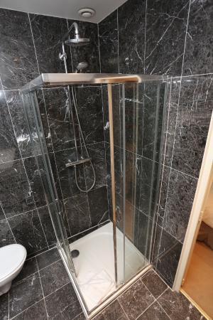 Hotel Boronali : Our bathrooms / nos salle de bain