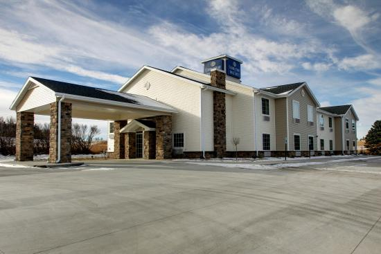 Cobblestone Inn and Suites - Big Lake: Cobblestone Inn & Suites of Big Lake, TX