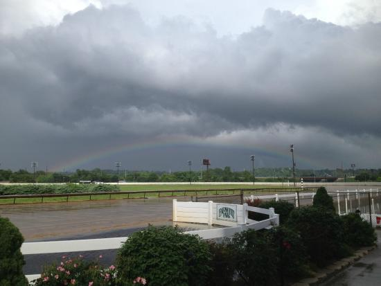 Collinsville, IL: A pot of gold at the winner circle