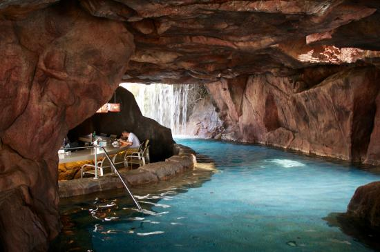 Pool Grotto Picture Of Hyatt Regency Maui Resort And Spa