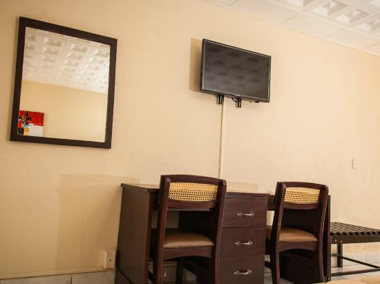 Hotel Estrella: Interior de Habitación Doble