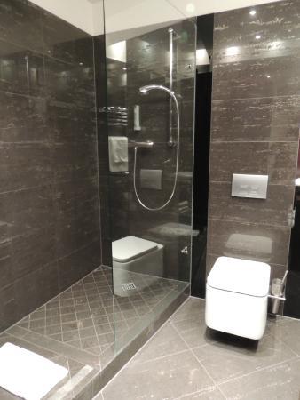 Hotel Unicus: Salle de bains