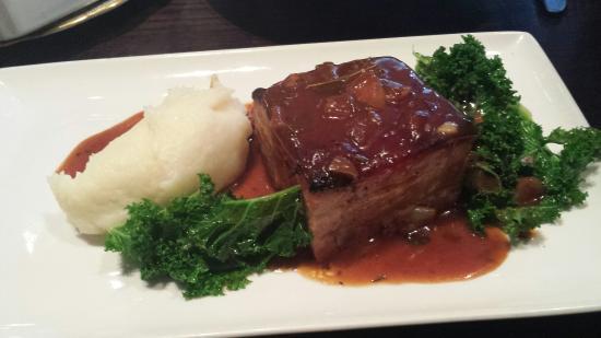 Ingram Wynd: Braised pork belly with bbq sauce and mash. Yummy