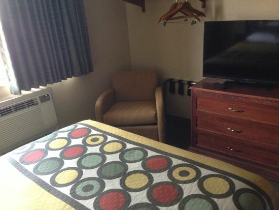 Super 8 Maysville KY: Guest Room