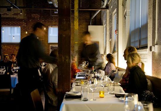 4th & Swift Restaurant: Warm Service