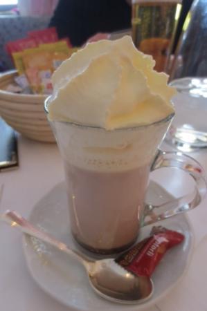 Sonnenburg: Yummy hot chocolate