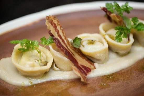 Noosa Waterfront Restaurant & Bar: ravioli with pancetta