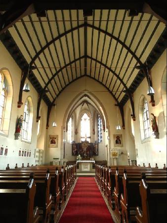 Pfarrkirche St. Karl Borromaus