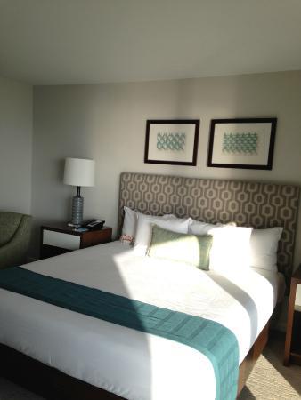 Oahu Ilikai Hotel And Luxury Suites