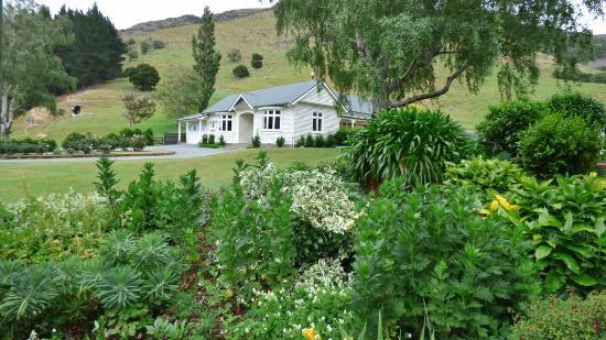 Little River, New Zealand: Manderley farmhouse area