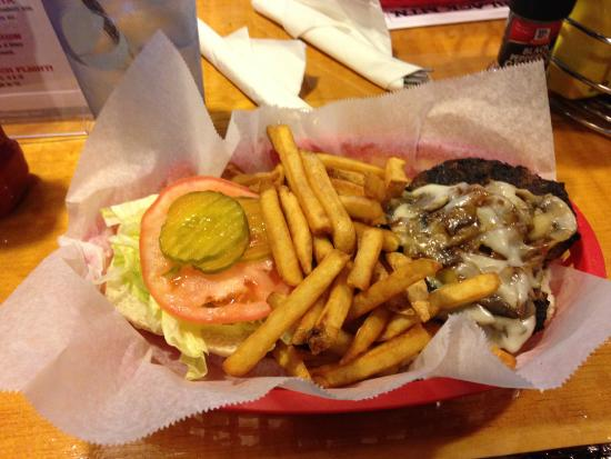 Black Mtn. Burger Co.: Hamburguer com cogumelos