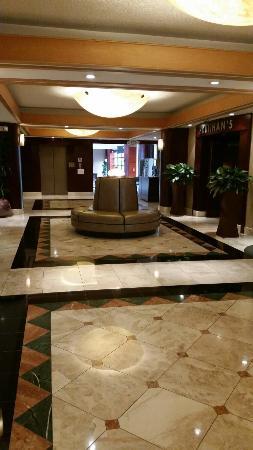 Holiday Inn San Francisco - Intl Airport: Lobby
