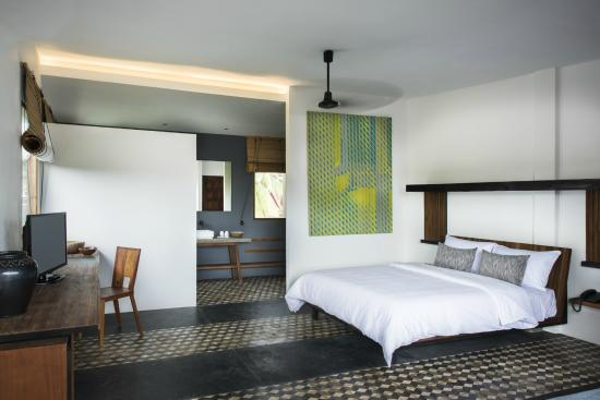 Pages Rooms Hotel