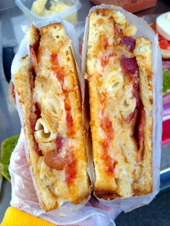 Grilled Cheese Mania: The Melt- Asiago, Tomato, Sriracha, Bacon & Grilled Mac & Cheese on Sourdough Bread