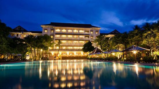 Royal Angkor Resort & Spa : Back View