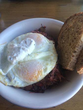 Brockton Villa Restaurant: Hash with egg