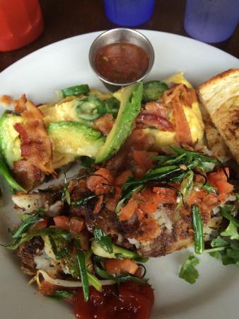Coffee Cup : Bacon, jalapeño, avocado scramble with rosemary potatoes!