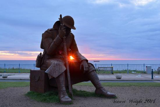 Seaham, UK: Sunrise Tommy