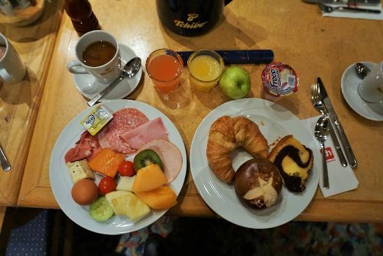 pentahotel Chemnitz: 私が食べた朝食ヴァイキングです。