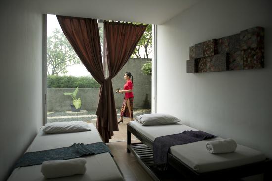 Cikarang, Endonezya: Spa & Massage