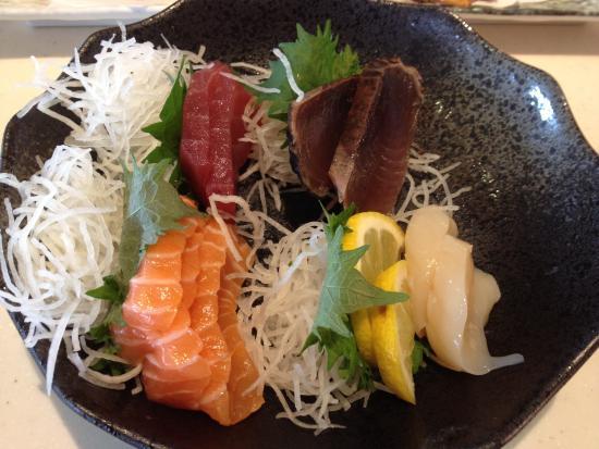 Sakae Sushi: This sashimi gave me nasty pain & diarrhoea.