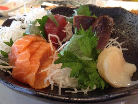 Sakae Sushi: I blame the kitchen staff for approving & serving out to public.