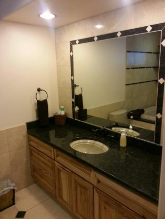Adlersheim Wilderness Lodge: Nicest bathroom in any room I have stayed in