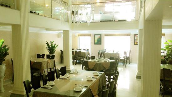 Hanoi Deli Restauran & Cafe
