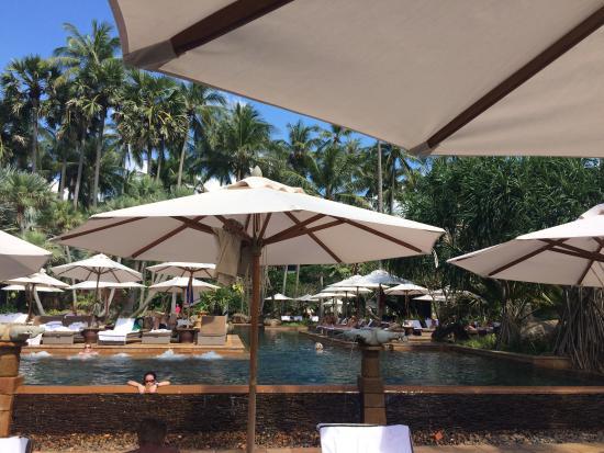Zona piscine picture of marriott 39 s phuket beach club for Renaissance piscine