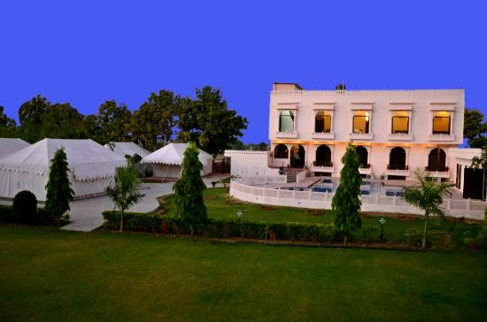 Hotel Ranthambhore National Resort
