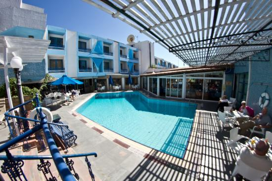 Nereus Hotel: BOTTOM POOL