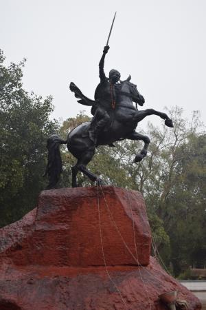 maharani laxmibai samadhi picture of samadhi of rani lakshmi bai