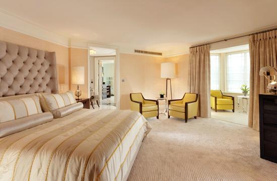 The Dorchester Terrace Suite bedroom - Picture of The Dorchester ...