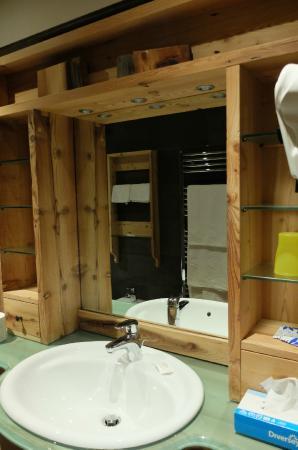 Hotel Pontejel: ванная комната