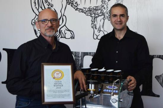 medaglia d'oro al'Internationa Institute of Coffee Tasting 2014