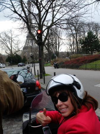 Left Bank Scooters: sidecar tour in paris