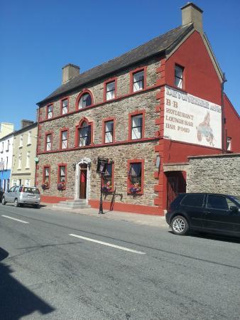 Tallow, Ireland: Clancy's