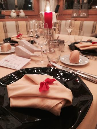 Hotel Sonnenhof - St Vigil in Enneberg, Dolomiten: Ogni sera un tema diverso