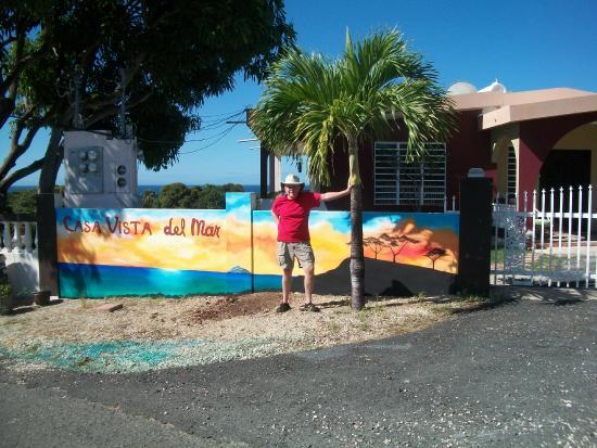 Casa Vista Del Mar Inn: new sign just painted