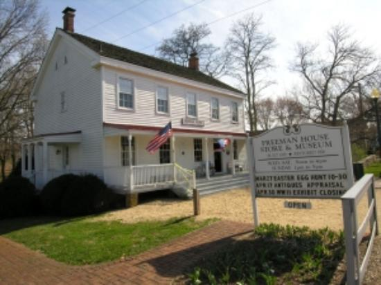 Vienna, VA: The Freeman Store and Museum.
