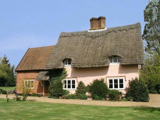 ‪Thatched Farm Bed and Breakfast‬