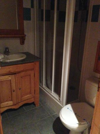 Residence Aspen Lagrange Prestige : une des deux salles de bains