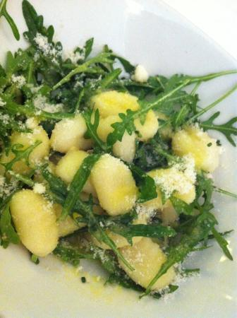 La Gamba: Gnocchi sald with rucula and parmeggiano cheese