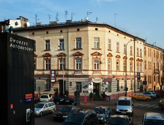 Station Aparthotel: Exterior